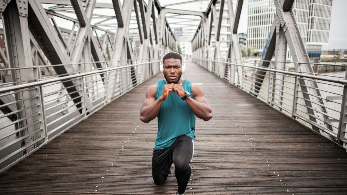 Bangun otot lebih baik dengan tips teratas dari Ebenezer Samuel