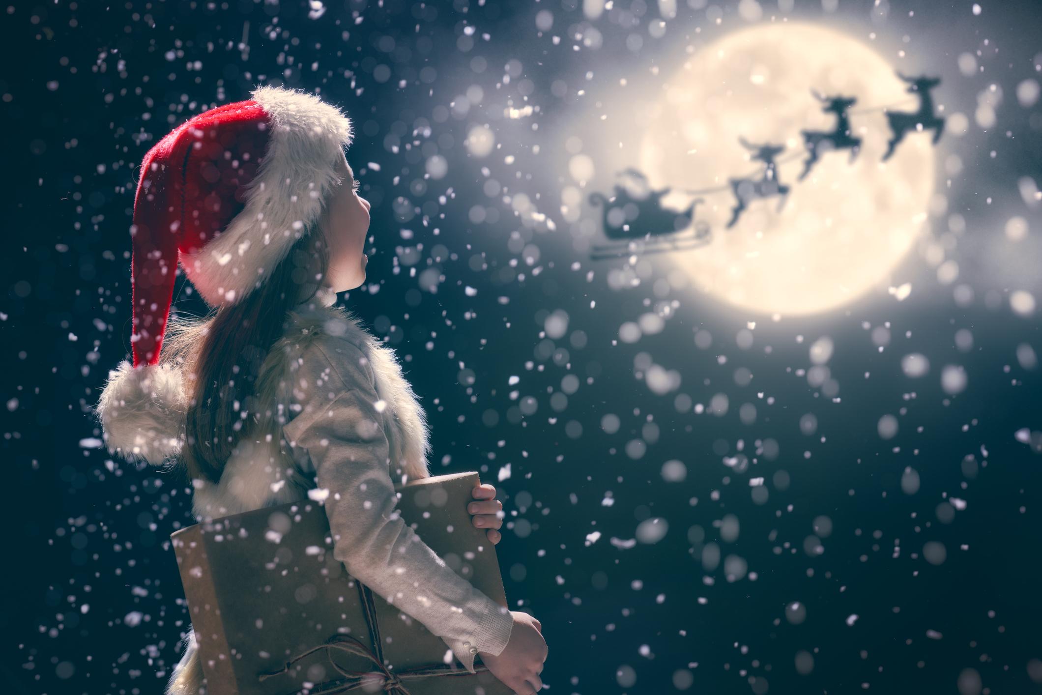 Bagaimana menjawab 'Apakah Bapa Natal itu nyata?' dan pertanyaan rumit lainnya dari anak-anak